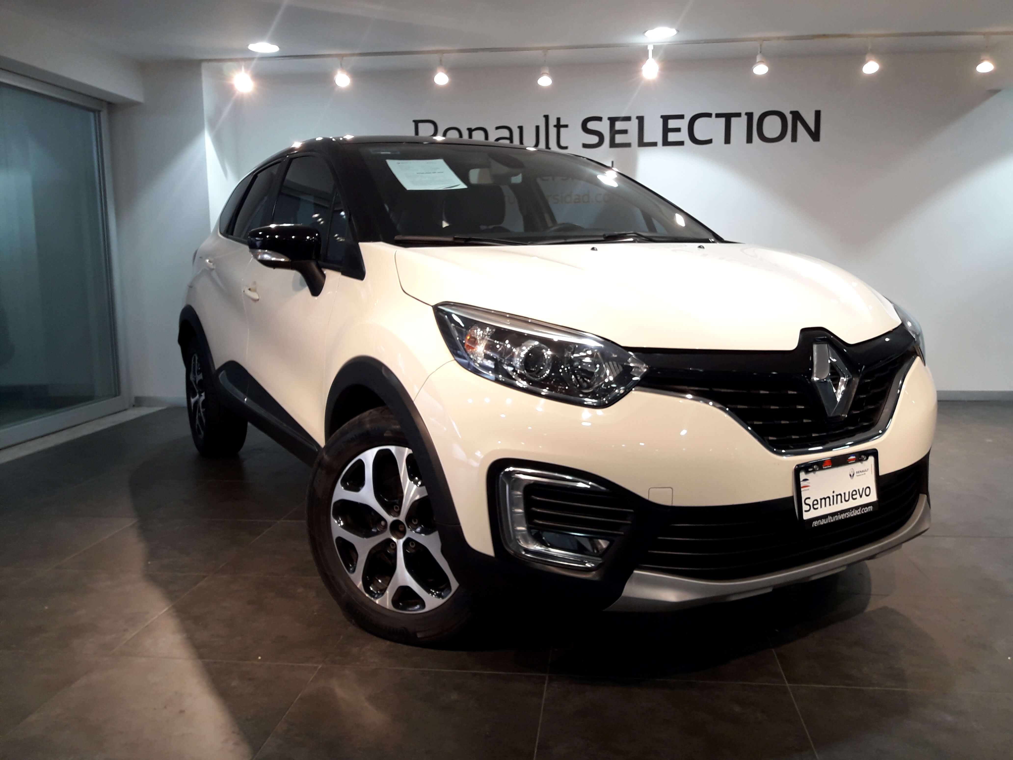 Renault Captur 289,000