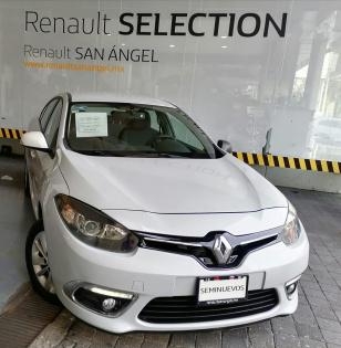 Renault Fluence Expression CVT - GocarCredit