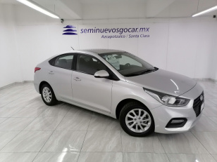 Hyundai Accent GL MID  - GocarCredit