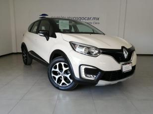 Renault Captur Iconic CVT - GocarCredit
