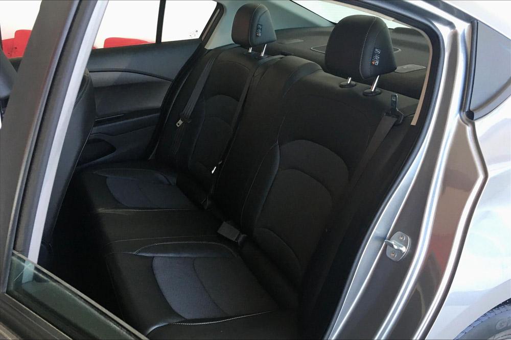 Chevrolet CAVALIER Frente 9