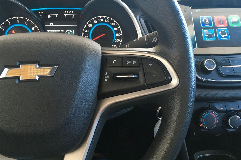 Chevrolet CAVALIER Interior 19