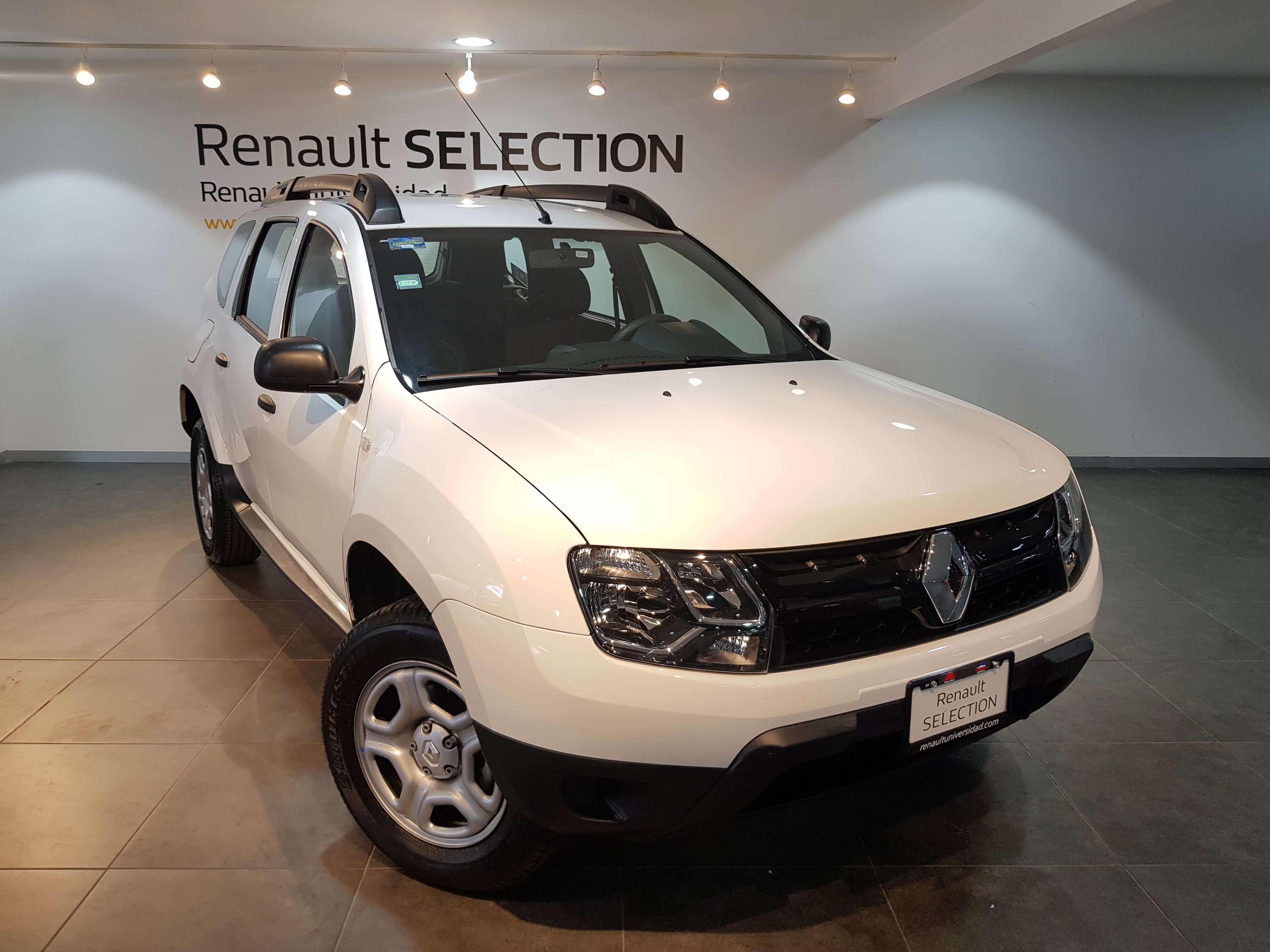 Renault Duster EXPRESSION AUT - GocarCredit