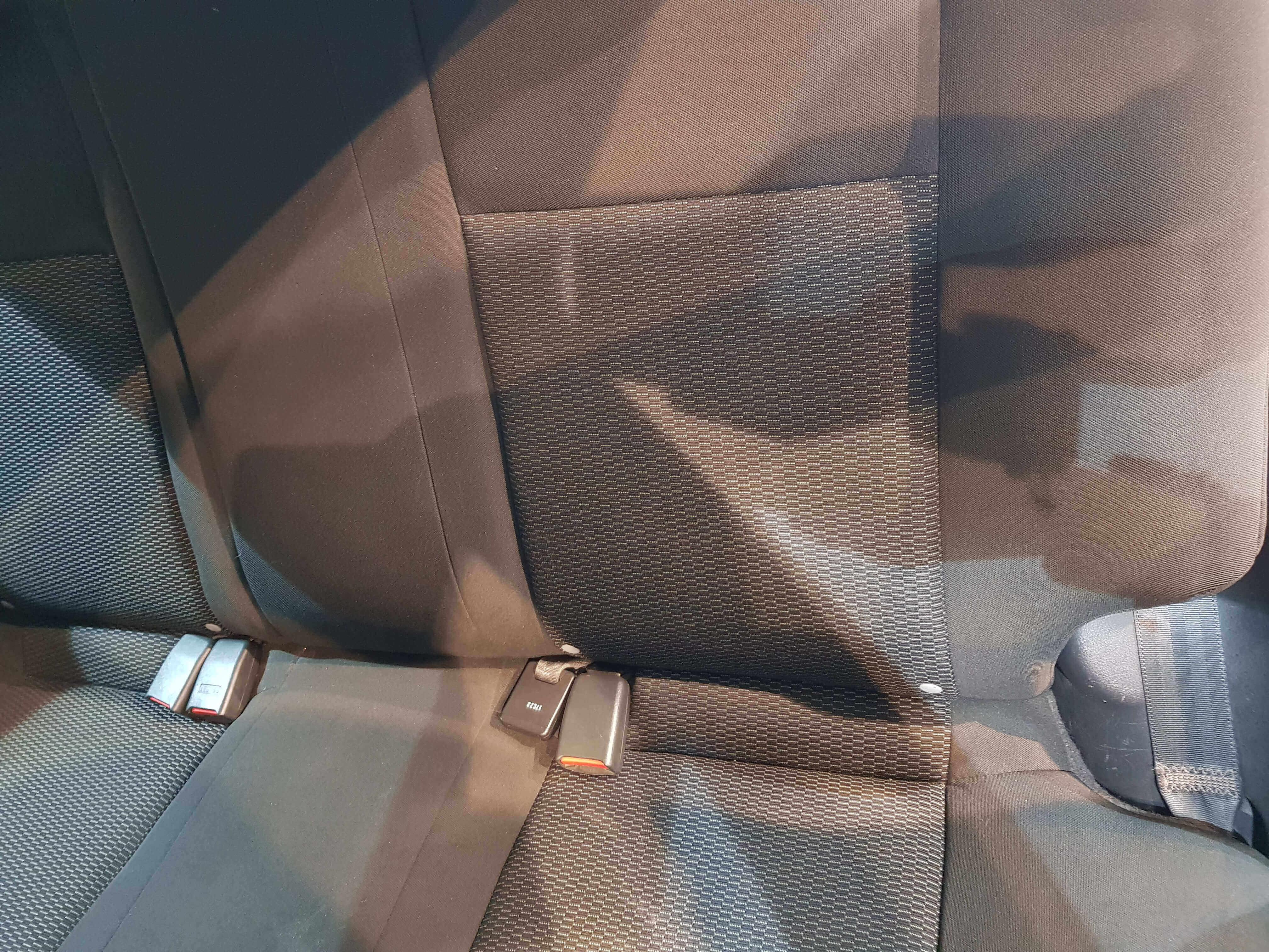 Chevrolet Aveo Atrás 7
