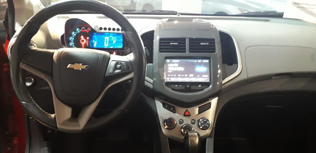 Chevrolet Sonic Asientos 23