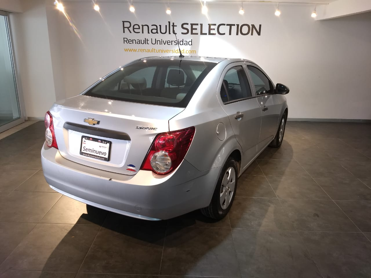 Chevrolet Sonic Interior 11