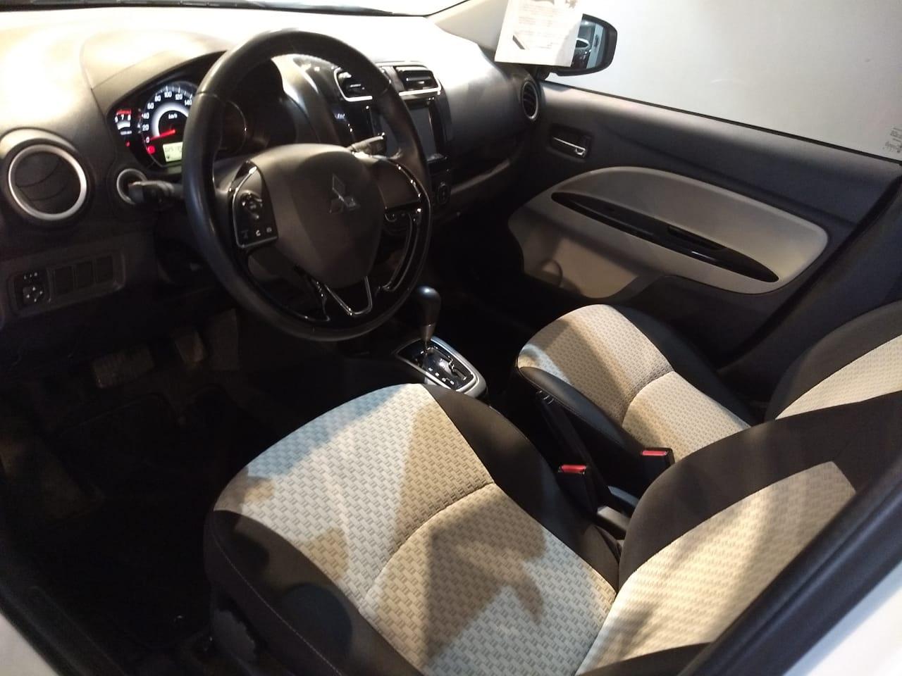 Mitsubishi Mirage Interior 13