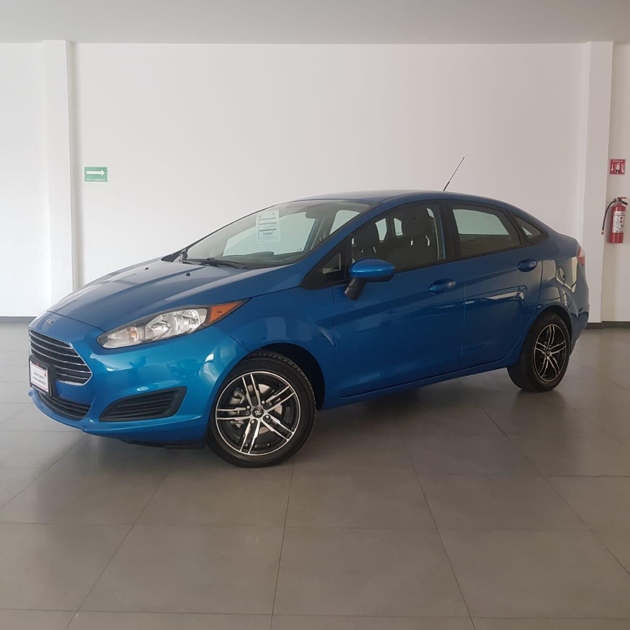 Ford Fiesta Sedán SEDAN S - GocarCredit