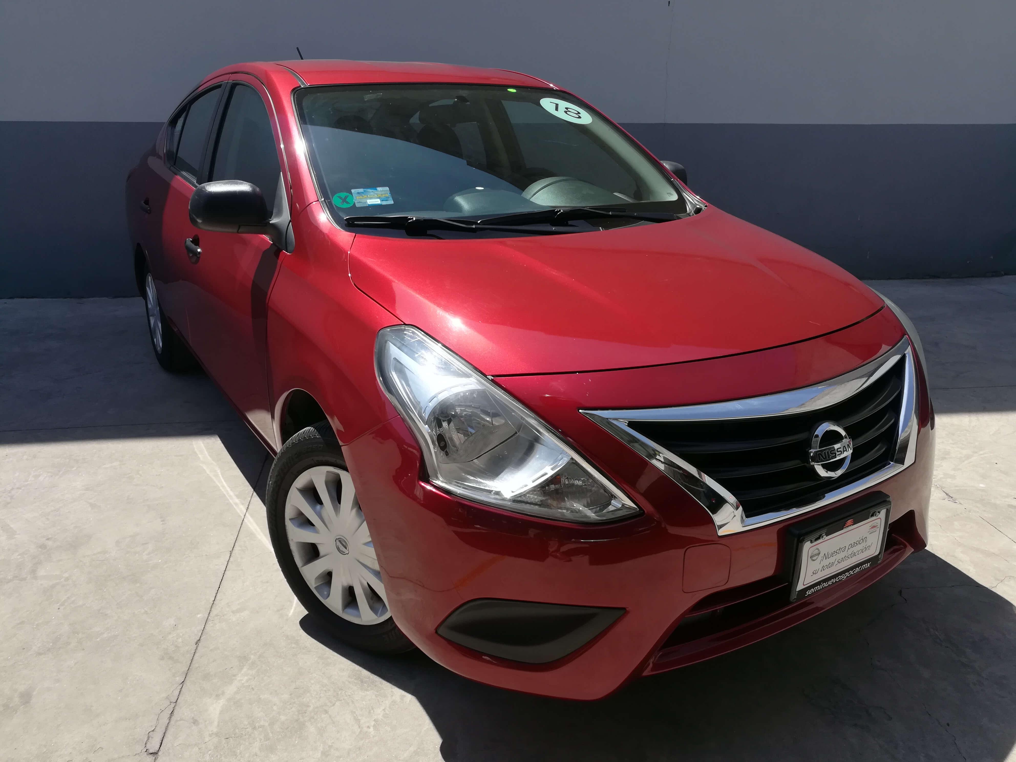 Nissan Versa Drive  - GocarCredit