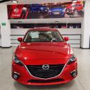 Mazda 3 Sedan Lateral derecho 9