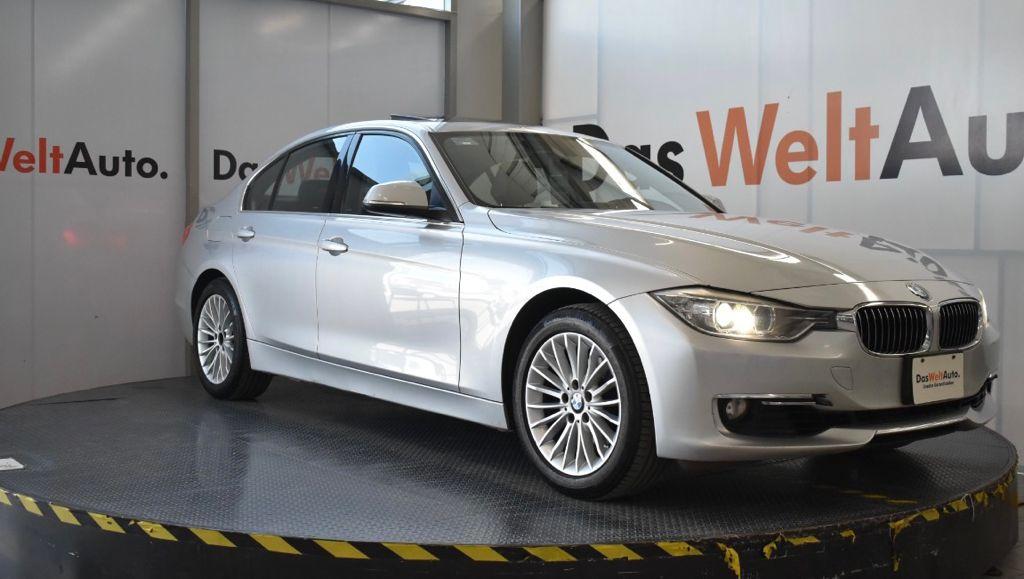 BMW 320IA luxury line - GocarCredit