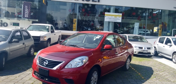 Nissan Versa 148,000