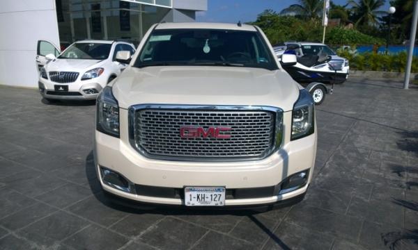GMC Yukon 809,000