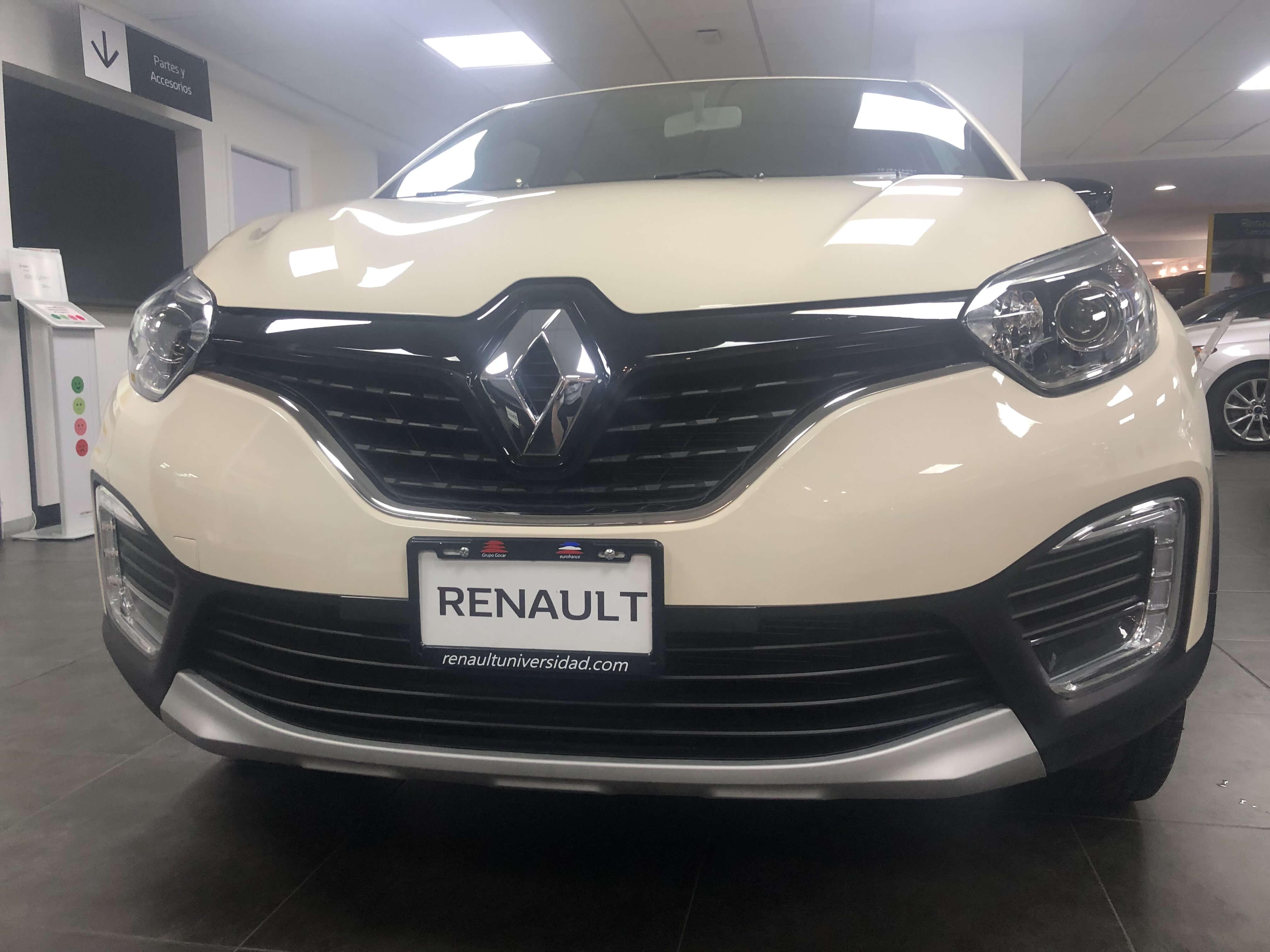 Renault Captur INTENS TM  - GocarCredit