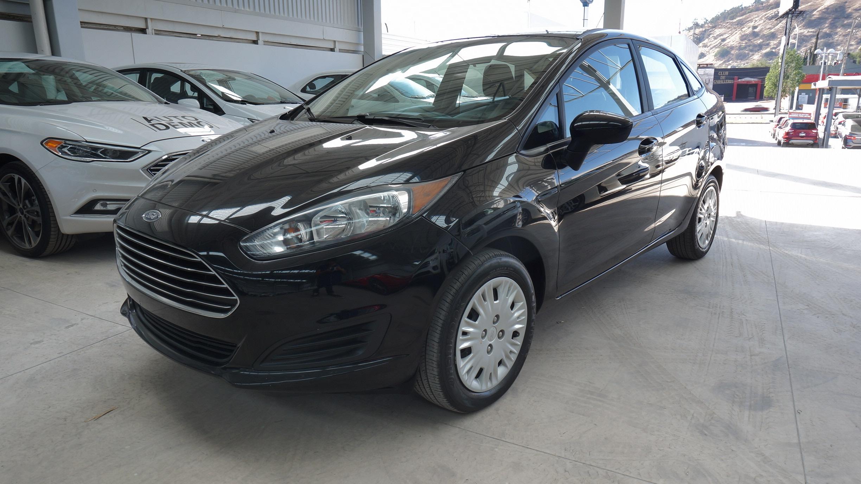 Ford Fiesta Sedán S T/M 4 Ptas  2016