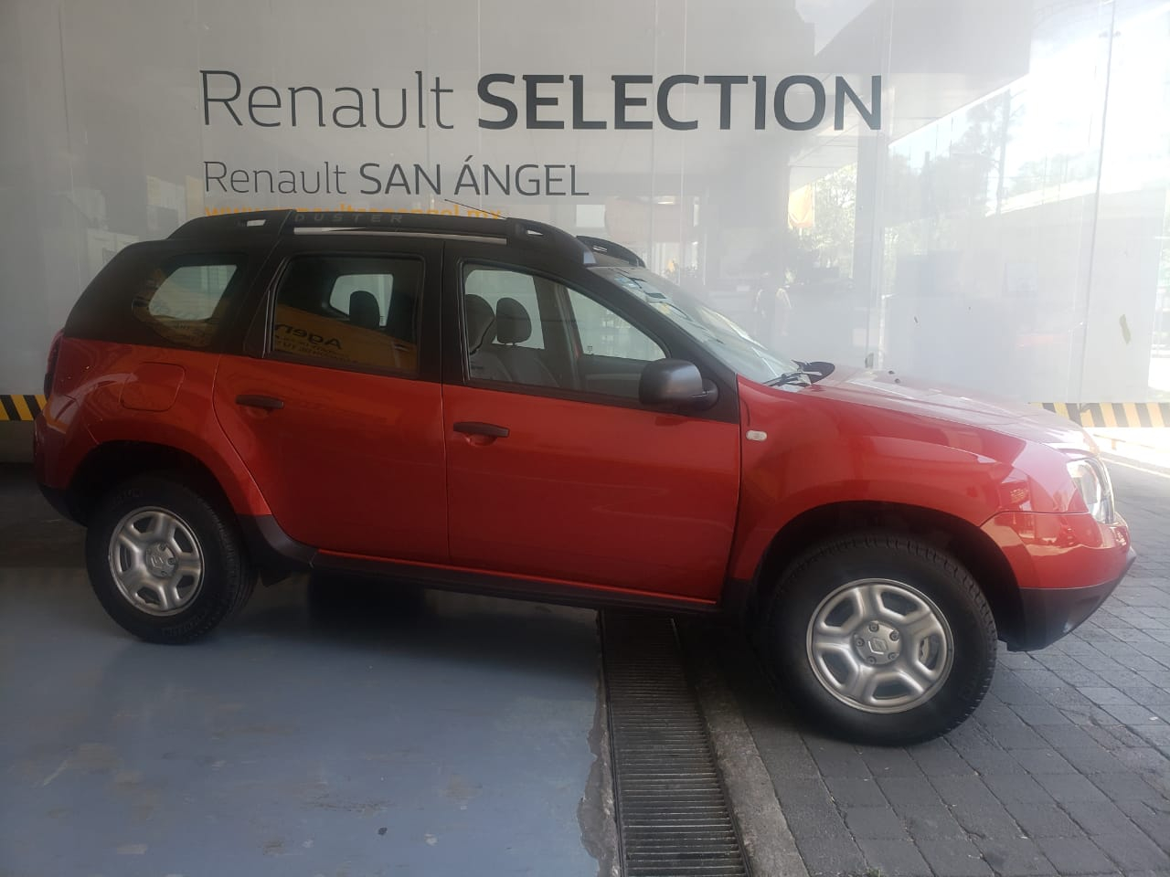 Renault Duster ZEN TM - GocarCredit