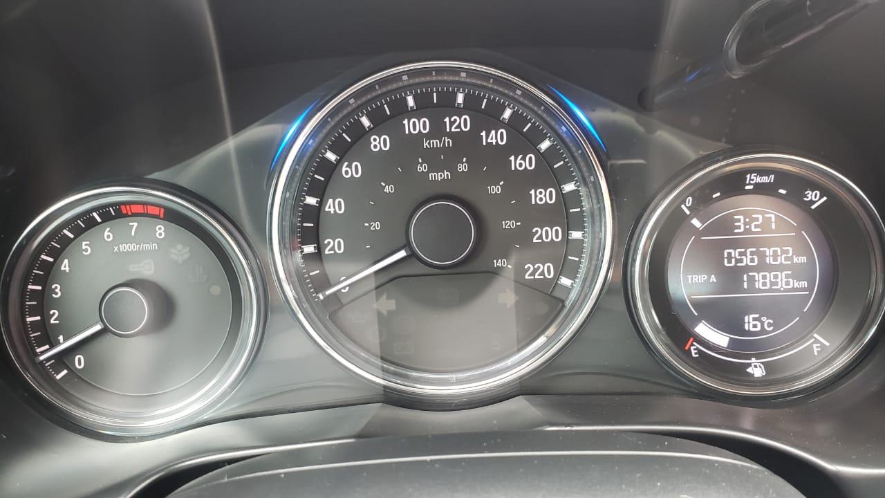 Honda City Lateral izquierdo 10