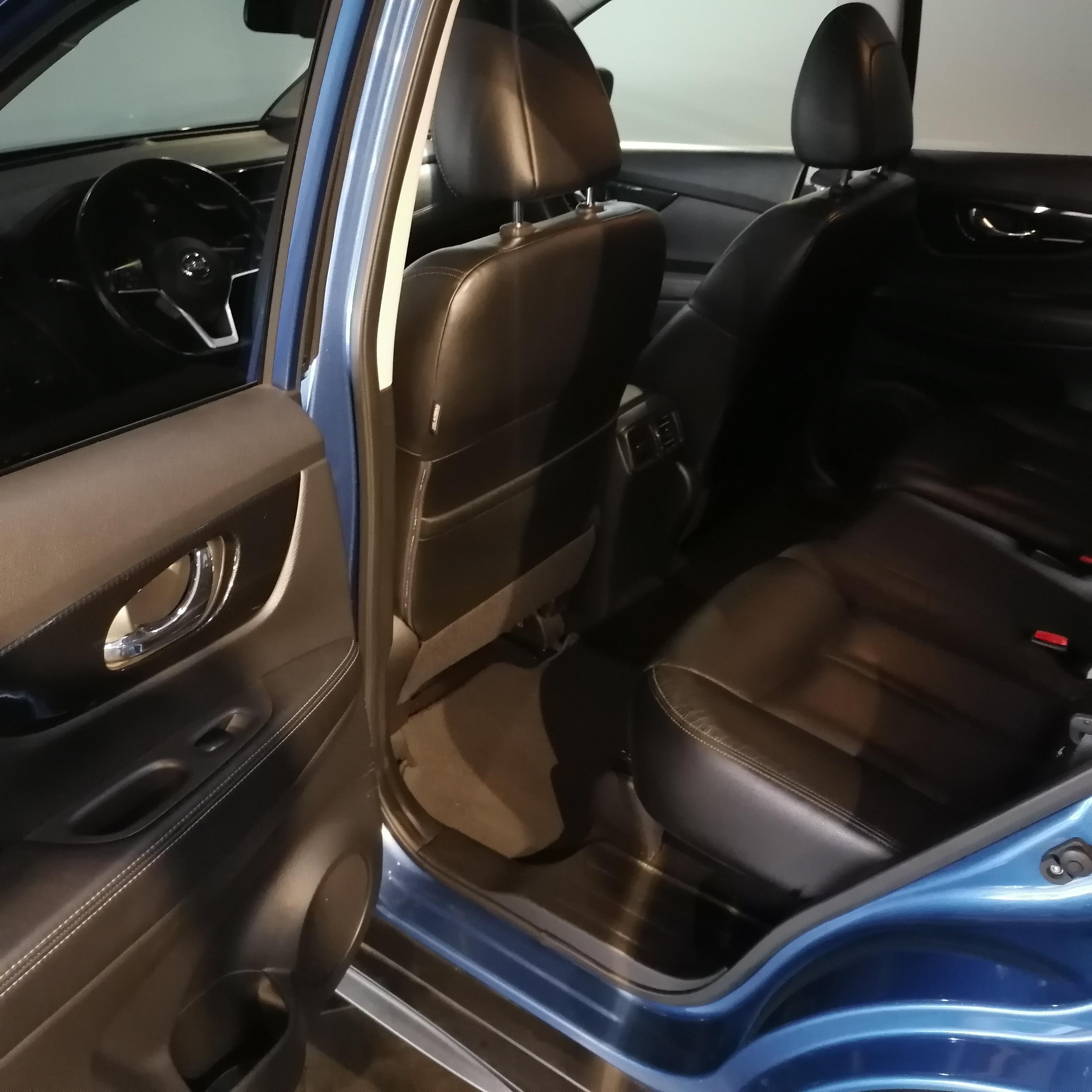 Nissan X-TRAIL Asientos 16