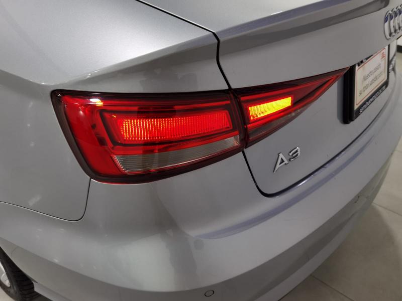 Audi A3 Sedán Frente 14