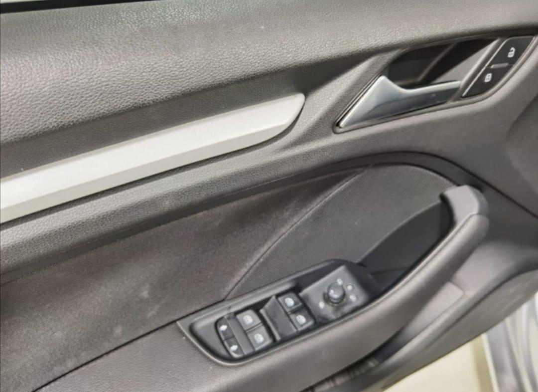Audi A3 Sedán Atrás 15