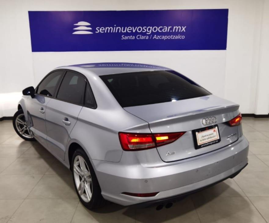 Audi A3 Sedán Lateral izquierdo 5