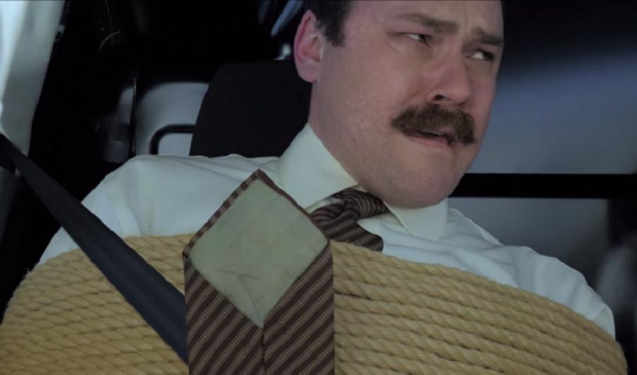 Video: Ford Transit vs hombre