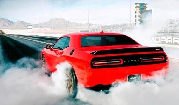 JD Power Otorga el Primer Premio a Satisfacción de Ventas a Dodge Entre las Marcas de Volumen