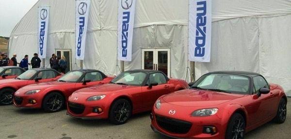 ¡Dale un vistazo al  Zoom-Zoom del Mazda MX-5 25 años!
