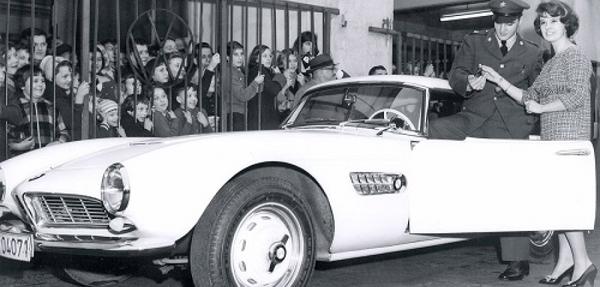 El BMW 507 de Elvis Presley es presentado un museo de Munich