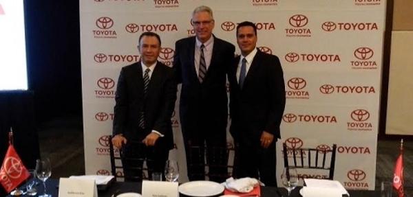Toyota incrementa sus ventas 6.2% en el primer semestre del año