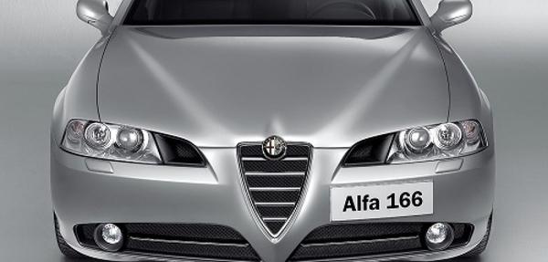 Gobierno italiano vende en E-bay 151 autos oficiales