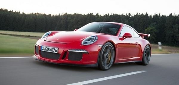 """Porsche pide a los propietarios del 911 GT3 2014 """"no usar su auto"""""""