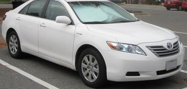 Inician investigación por posibles fallos en los frenos del Toyota Camry Híbrido