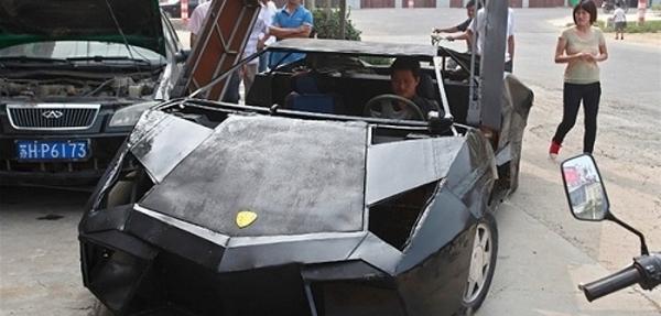 Lo más visto del año: Crean un Lamborghini con chatarra (VIDEO)