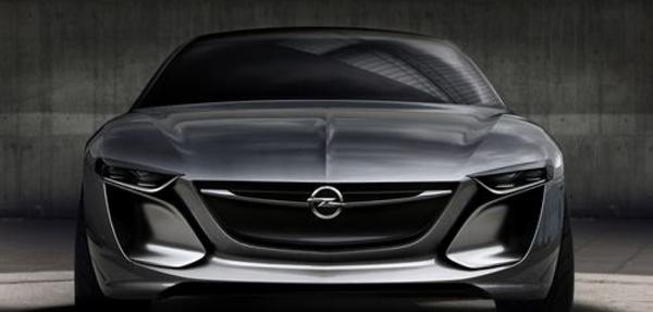 El Opel Monza incorpora un sistema de proyección LED