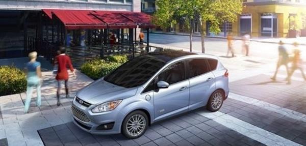 Ford dispara sus ventas de híbridos en Estados Unidos