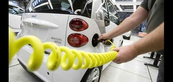 Smart lanzará antes de finales de año la versión eléctrica del fortwo
