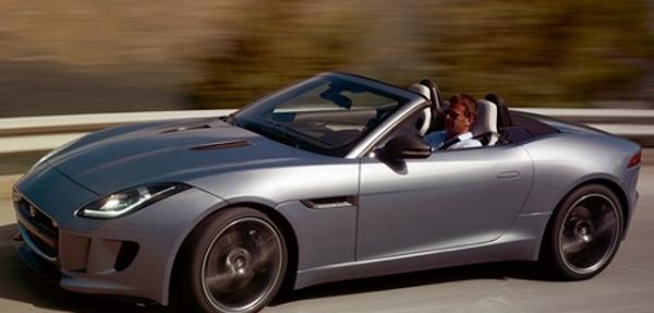 El Jaguar F-Type gana el premio Coche del Año en Diseño 2013