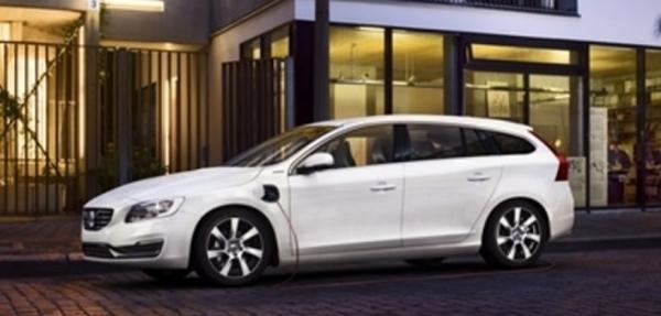 Volvo V60 Plug-in Hybrid hará su debut en NY