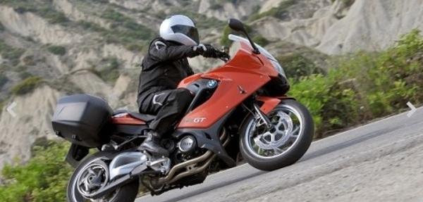BMW Motorrad presenta la nueva BMW F 800 GT