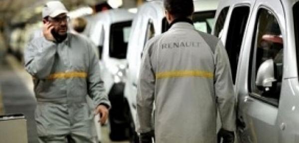 Recortes en francesas Peugeot y Renault enfrentan creciente resistencia