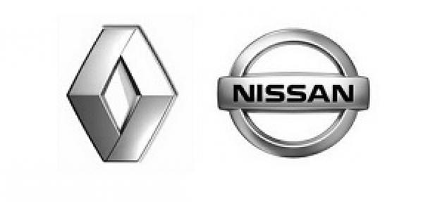 Renault construirá el nuevo Nissan con puerta trasera
