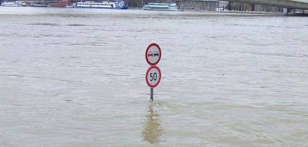 Cómo manejar entre inundaciones