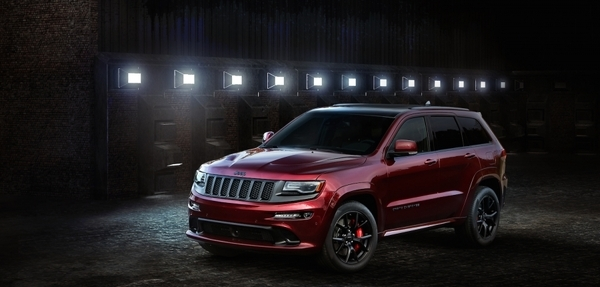 Grand Cherokee SRT Night
