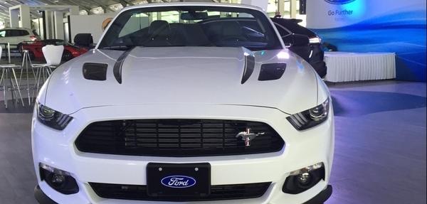 Lanzamiento: Ford Mustang California Special