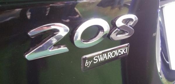 Peugeot 208 Swarovski