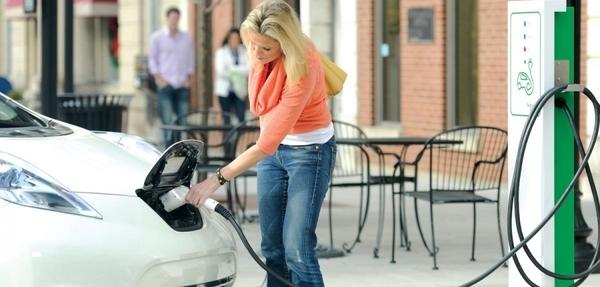 4 mitos sobre los autos eléctricos en la CDMX
