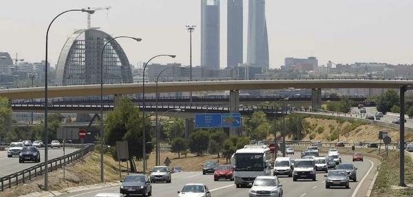 Top 10: Países con más autos por persona