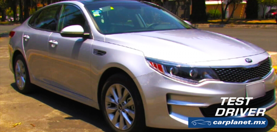 Vídeo: Test Drive KIA Optima 2017