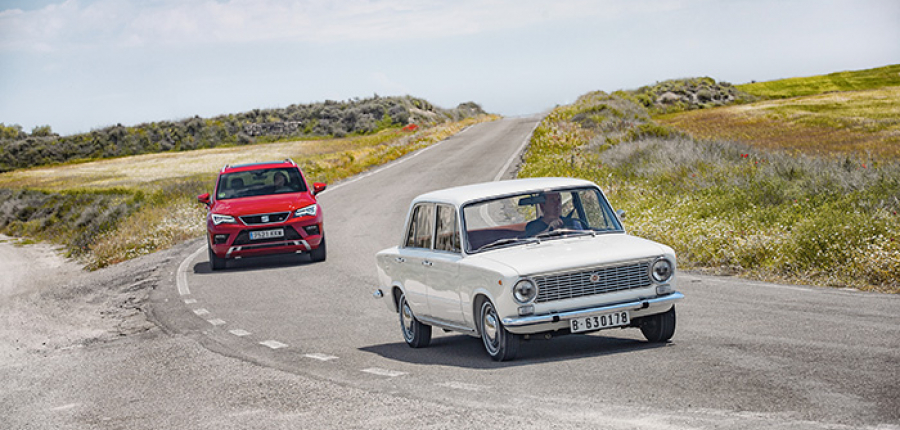 Video: SEAT 124 vs SEAT Ateca: 50 años viajando, la evolución del automóvil